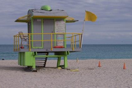 Una delle tante torrette in spiaggia